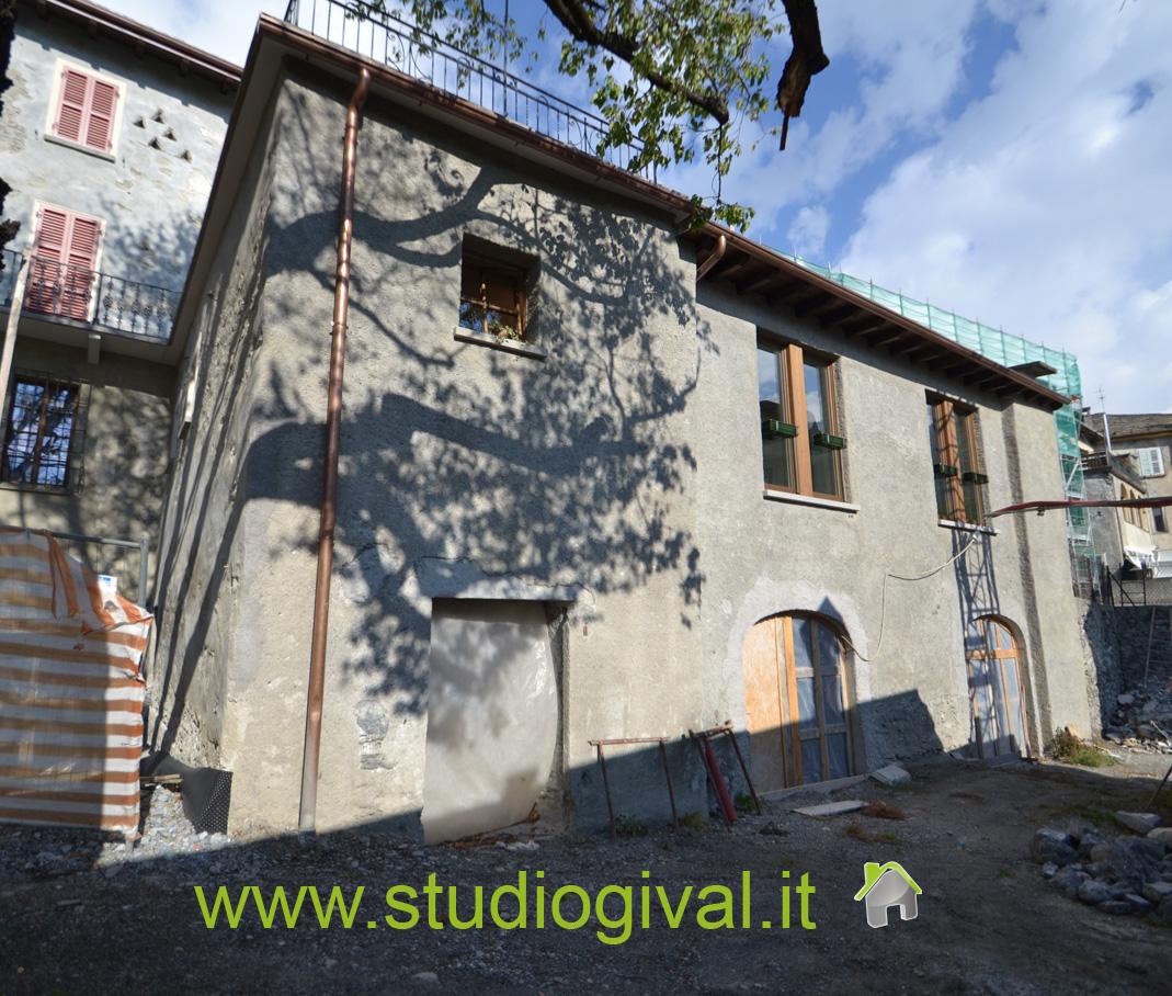 Negozio / Locale in vendita a Bormio, 9999 locali, Trattative riservate | CambioCasa.it