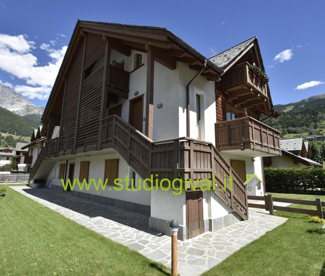 Appartamento in vendita a Bormio, 3 locali, prezzo € 465.000   CambioCasa.it