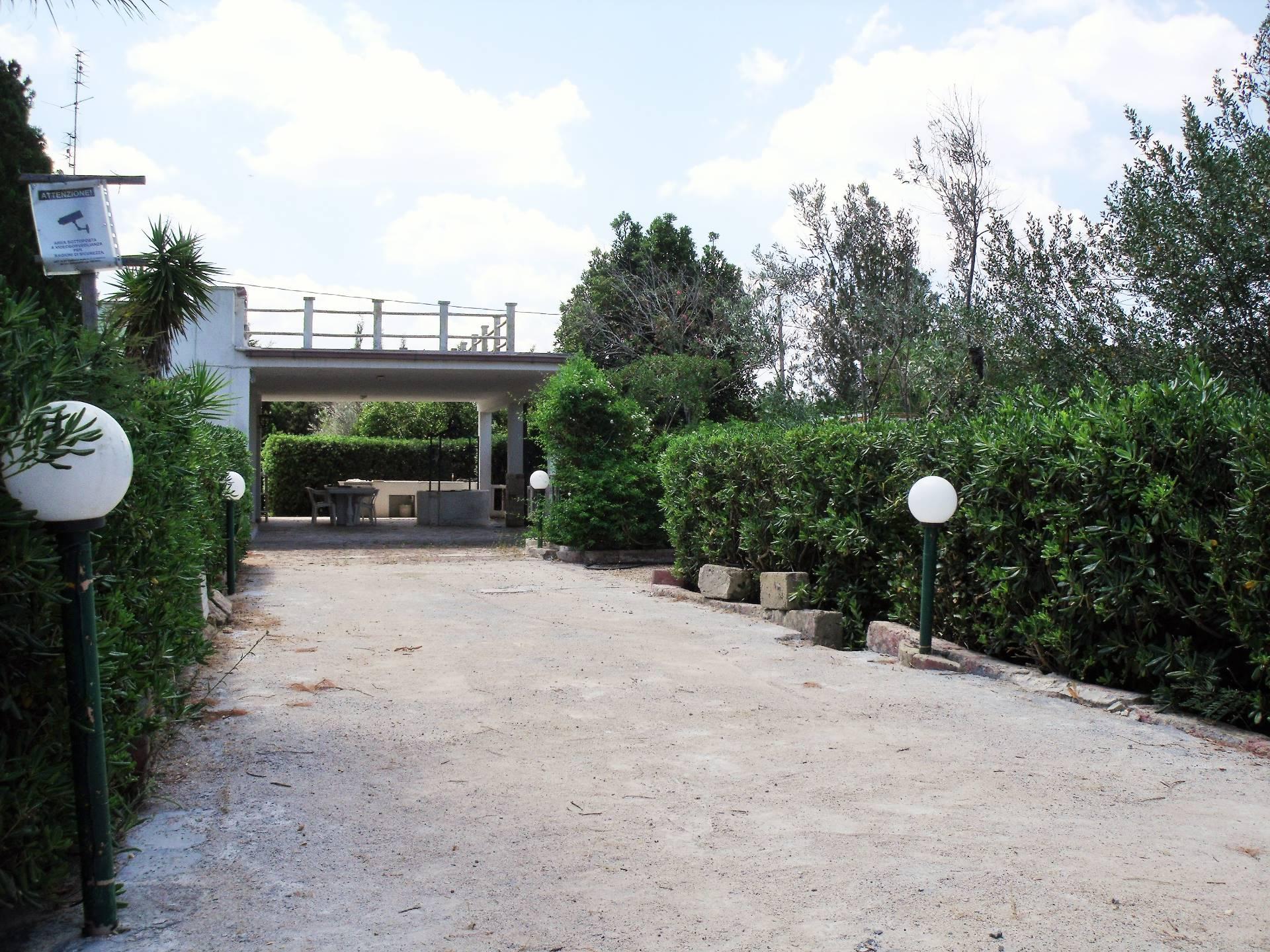 Villa in vendita a Gallipoli, 6 locali, prezzo € 125.000 | CambioCasa.it