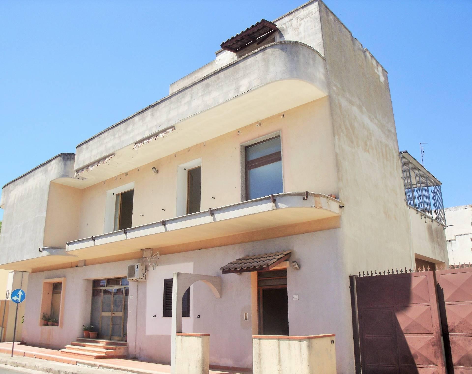 Soluzione Indipendente in vendita a Melissano, 6 locali, prezzo € 90.000 | CambioCasa.it
