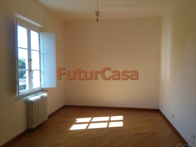 Appartamento in affitto a Castelfranco di Sotto, 2 locali, zona Zona: Orentano, prezzo € 360 | CambioCasa.it