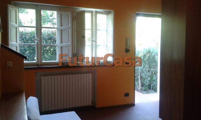 Soluzione Indipendente in affitto a Altopascio, 4 locali, zona Località: BadiaPozzeveri, prezzo € 450 | CambioCasa.it