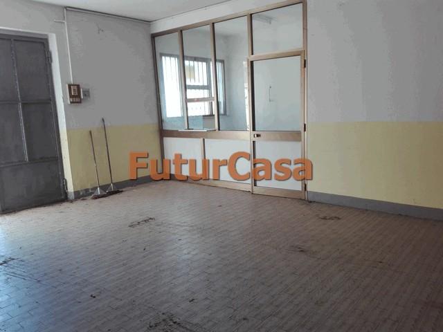 Magazzino in vendita a Altopascio, 9999 locali, zona Zona: Spianate, prezzo € 60.000 | CambioCasa.it