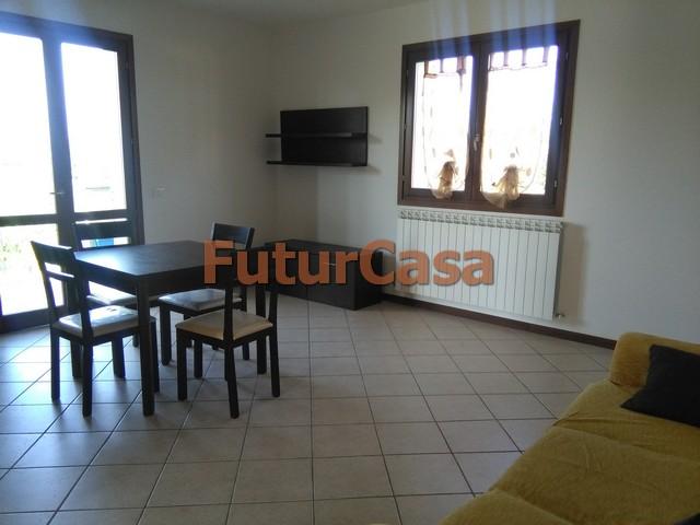 Appartamento in affitto a Altopascio, 3 locali, zona Zona: Spianate, prezzo € 550 | CambioCasa.it