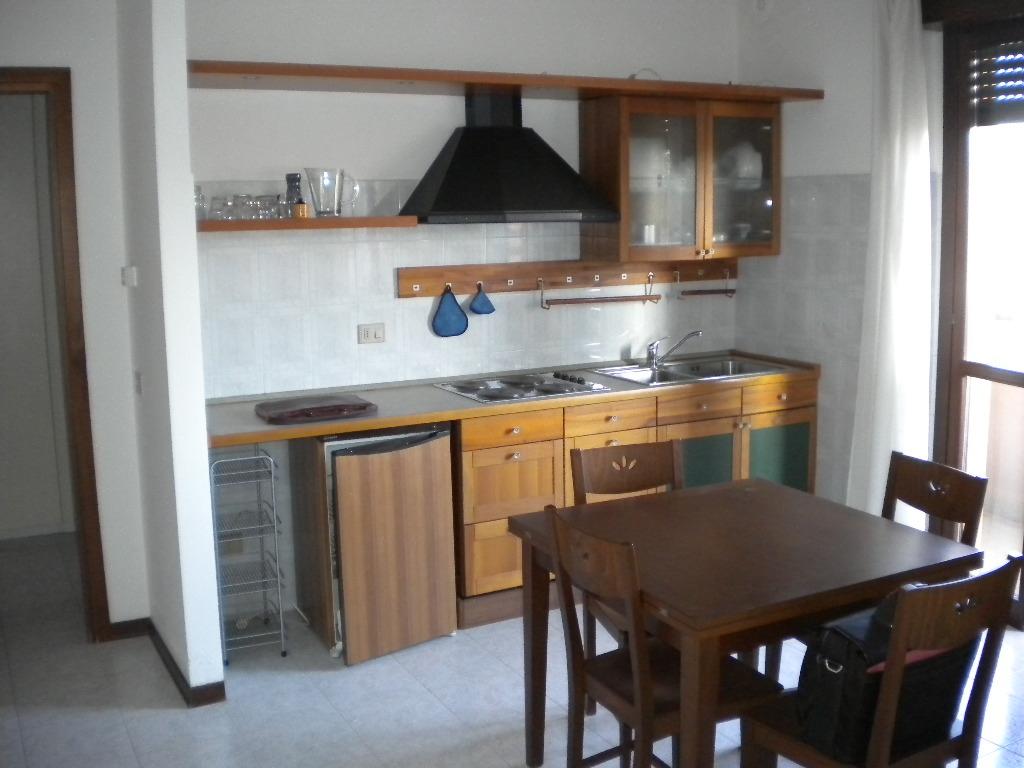 Appartamento in affitto a Castellanza, 1 locali, prezzo € 390 | CambioCasa.it