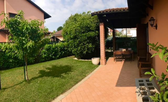Villa a Schiera in vendita a Poirino, 6 locali, prezzo € 350.000 | CambioCasa.it