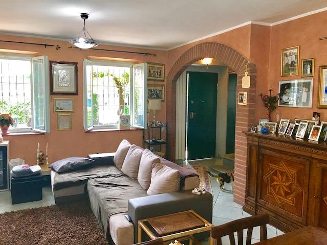 Villa in vendita a Riva Presso Chieri, 6 locali, prezzo € 270.000 | CambioCasa.it