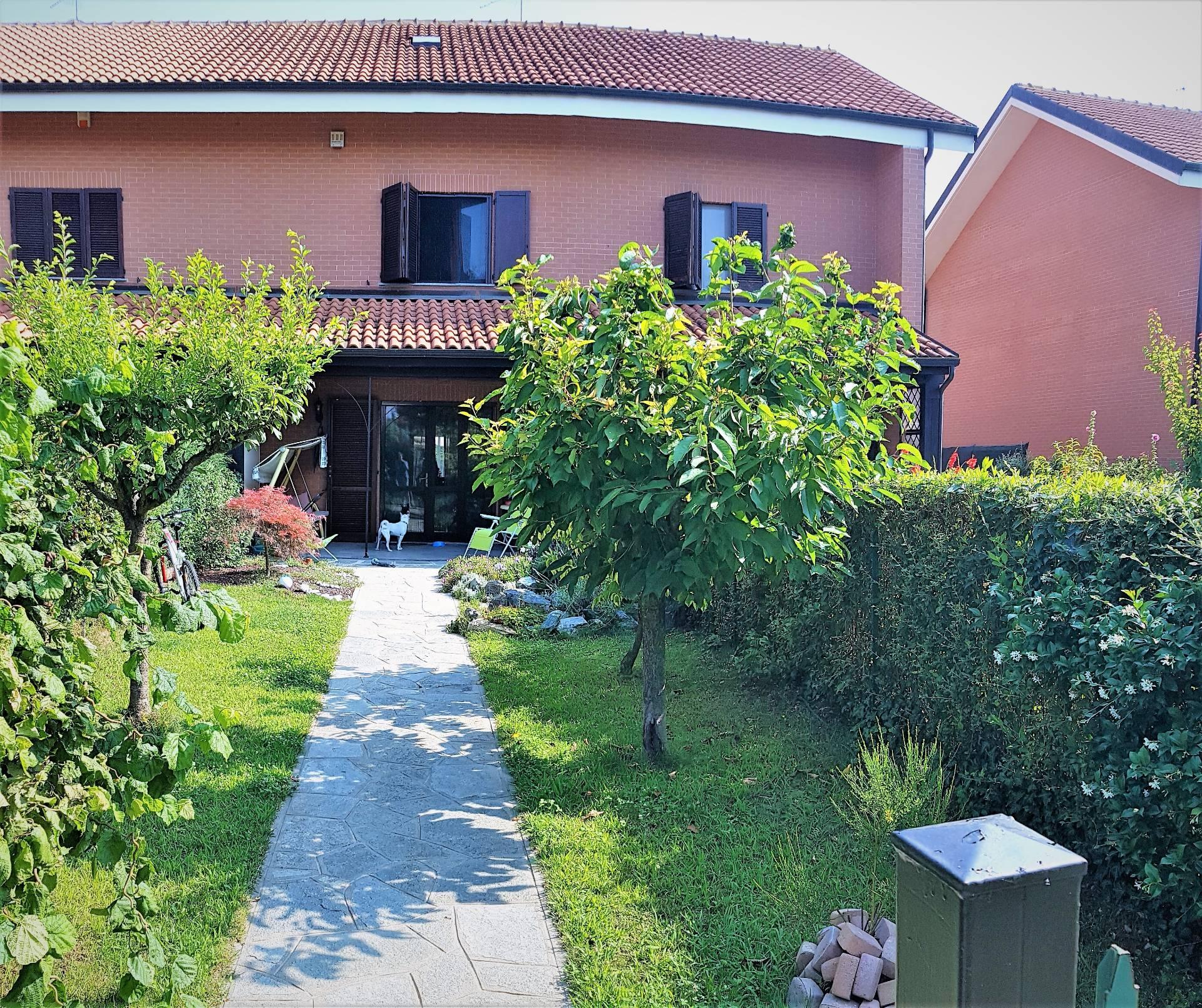Villa a Schiera in Vendita a Cambiano