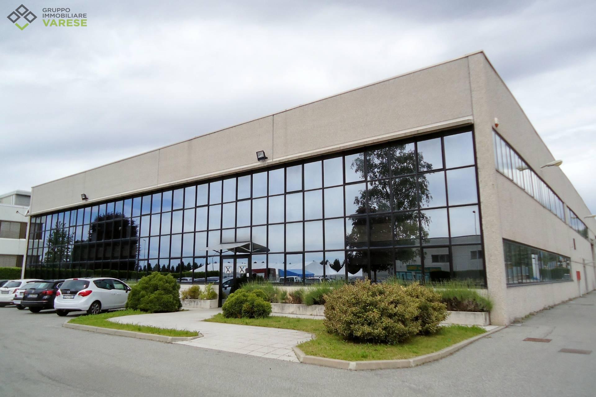 Ufficio / Studio in affitto a Malnate, 9999 locali, zona Zona: Gurone, prezzo € 3.900 | CambioCasa.it