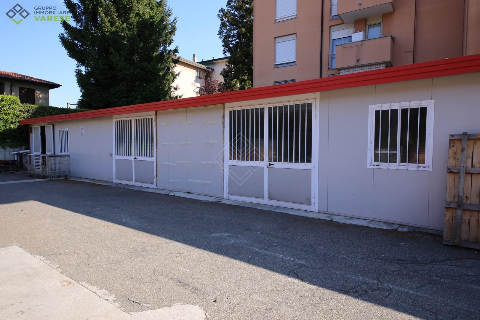 Capannone in affitto a Varese, 9999 locali, zona Zona: Giubiano, prezzo € 8.000 | CambioCasa.it