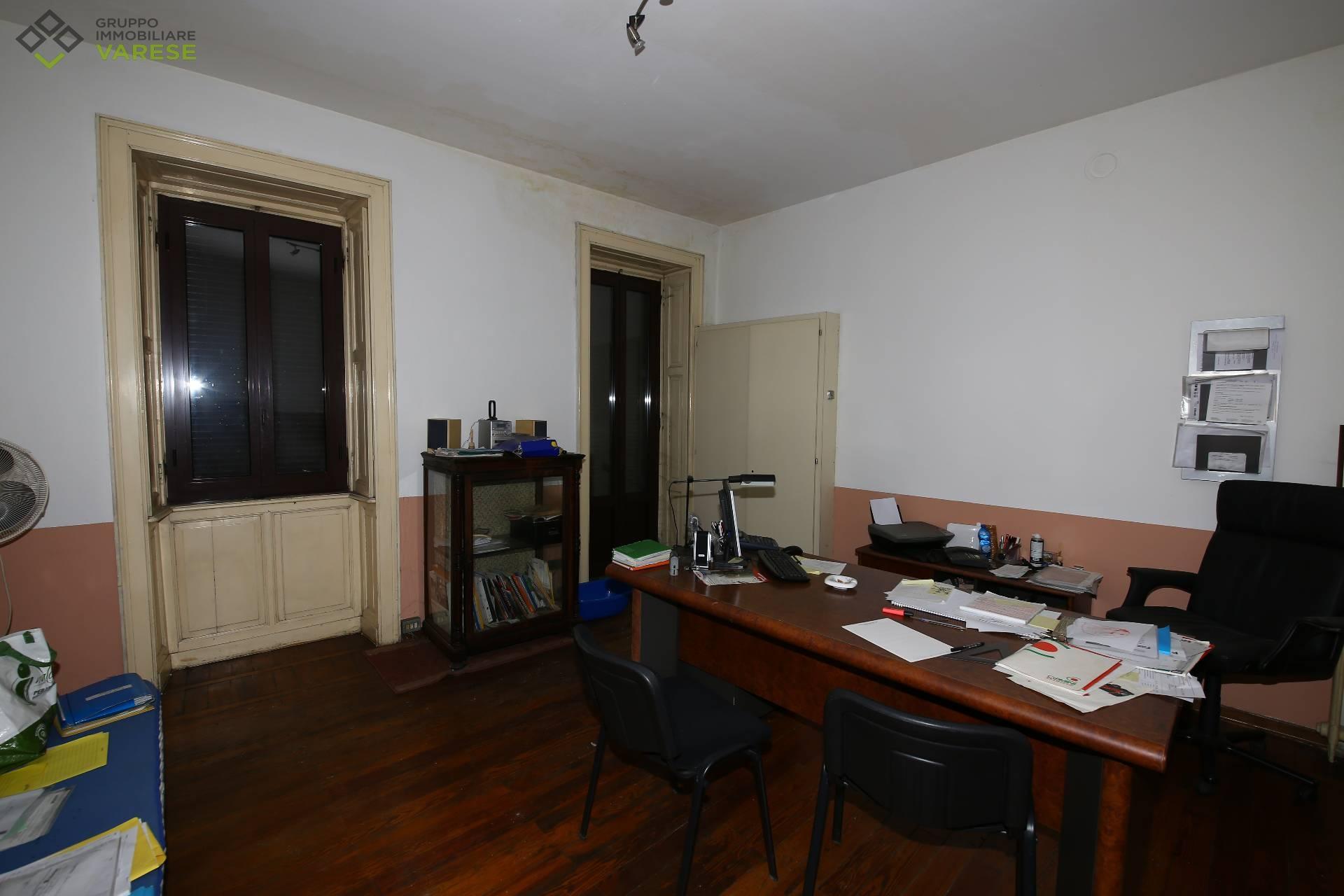 Ufficio / Studio in vendita a Induno Olona, 9999 locali, prezzo € 18.000 | CambioCasa.it