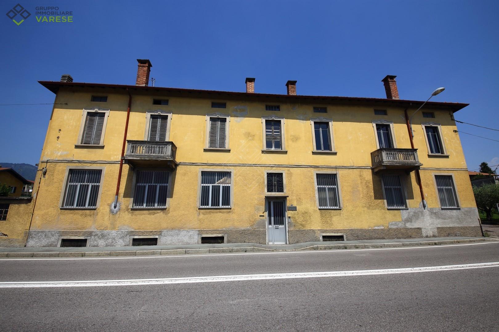 Laboratorio in vendita a Gavirate, 9999 locali, zona Località: OltronaalLago, prezzo € 690.000 | CambioCasa.it