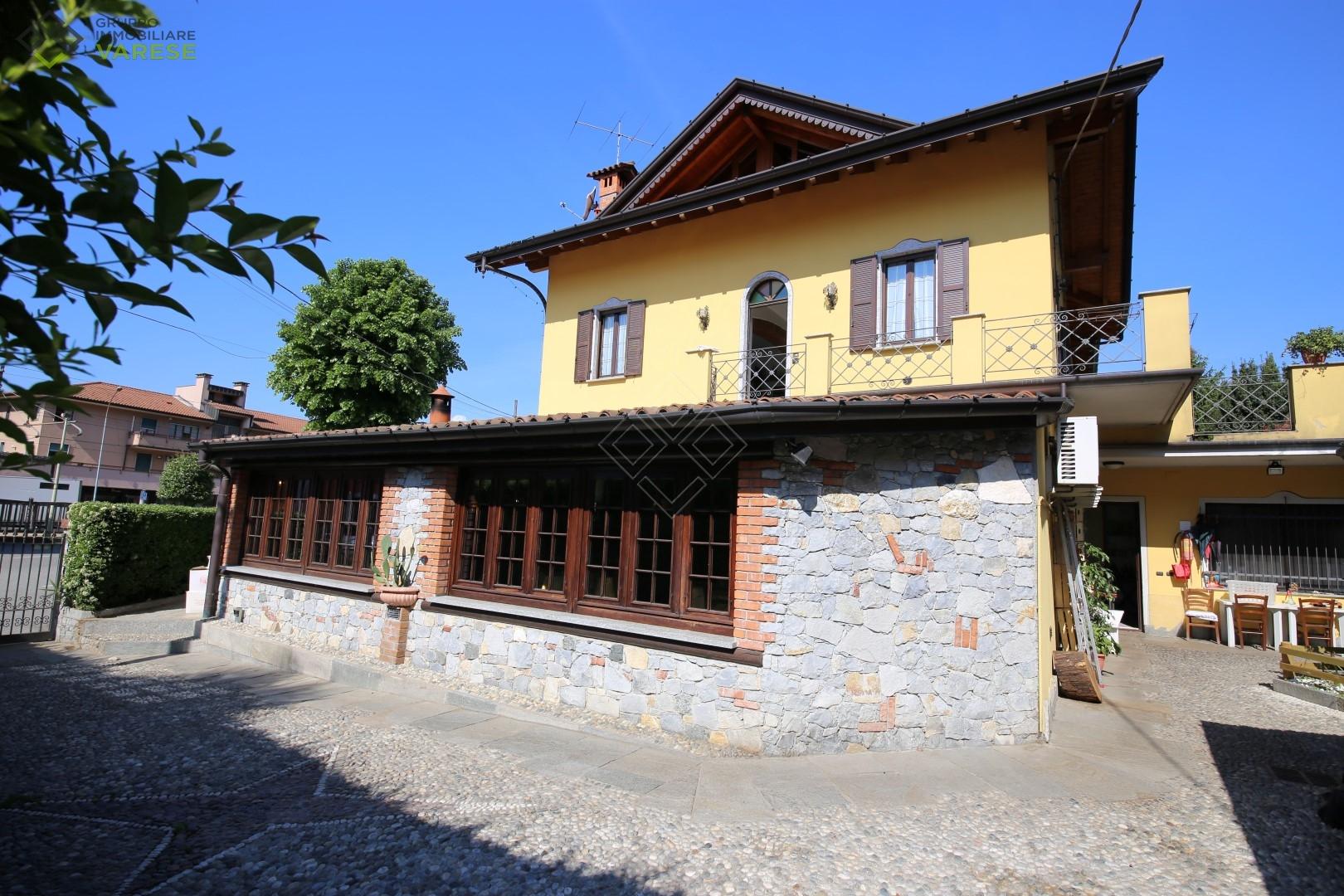 Attività / Licenza in vendita a Cocquio-Trevisago, 9999 locali, zona Zona: Cocquio, prezzo € 270.000 | CambioCasa.it