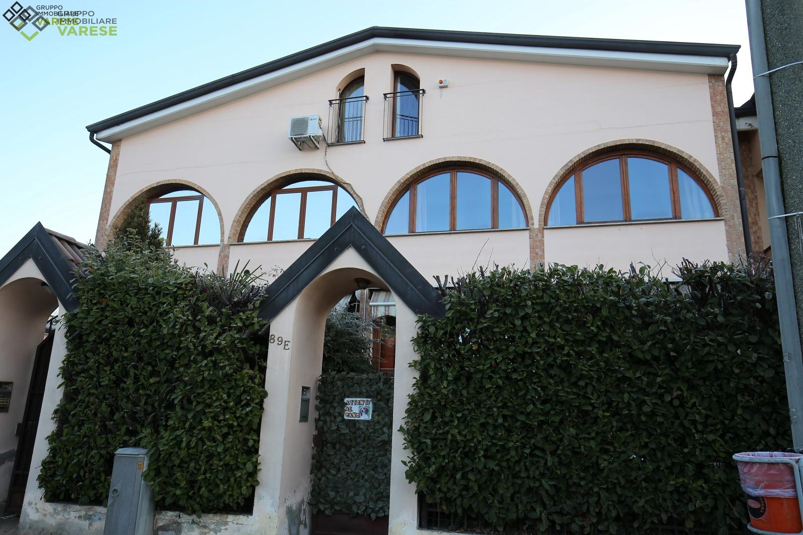Villa a Schiera in Vendita a Castiglione Olona