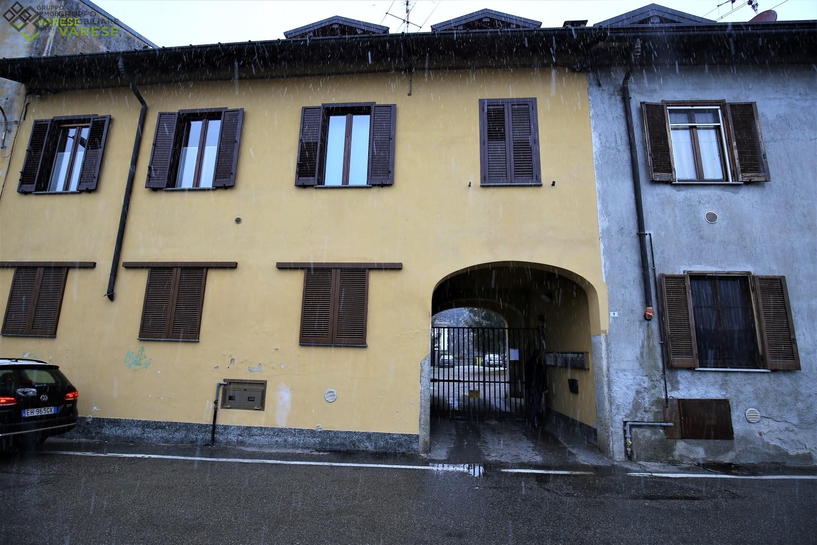 Appartamento in vendita a Oggiona con Santo Stefano, 2 locali, zona Località: S.oStefano, prezzo € 35.000 | CambioCasa.it