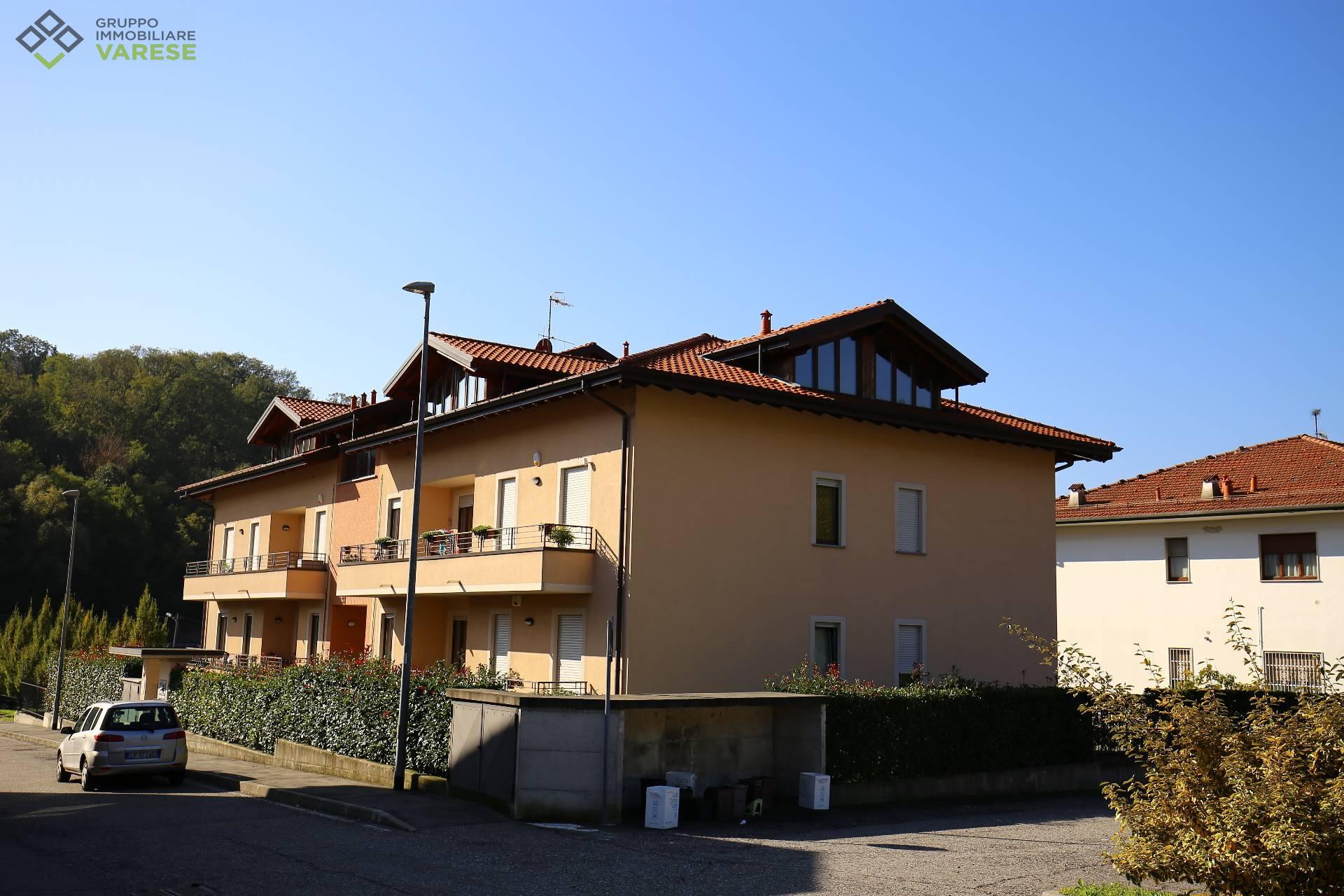 Attico / Mansarda in vendita a Cittiglio, 2 locali, prezzo € 75.000 | CambioCasa.it