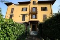 Appartamento in vendita a Angera, 2 locali, prezzo € 65.000 | CambioCasa.it