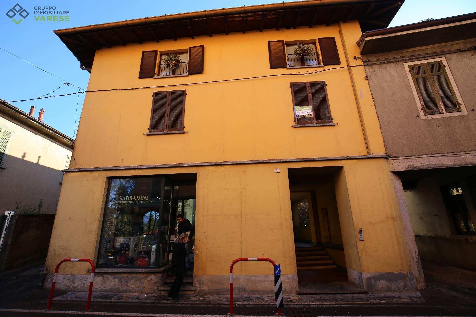 Appartamento in vendita a Cantello, 4 locali, prezzo € 99.000 | CambioCasa.it