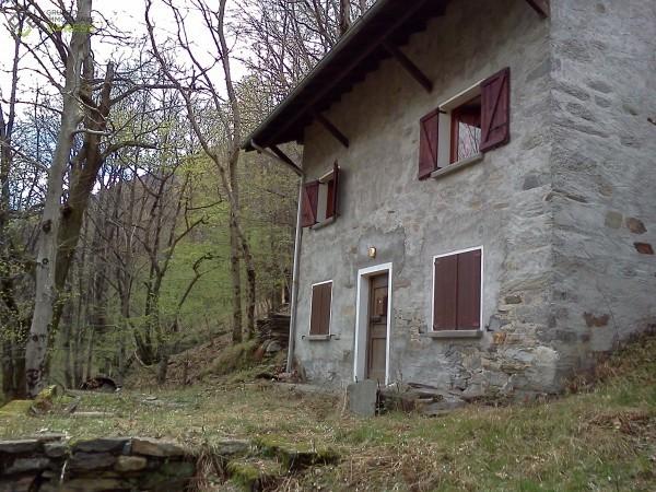 Soluzione Indipendente in affitto a Cannobio, 4 locali, prezzo € 4.000 | CambioCasa.it