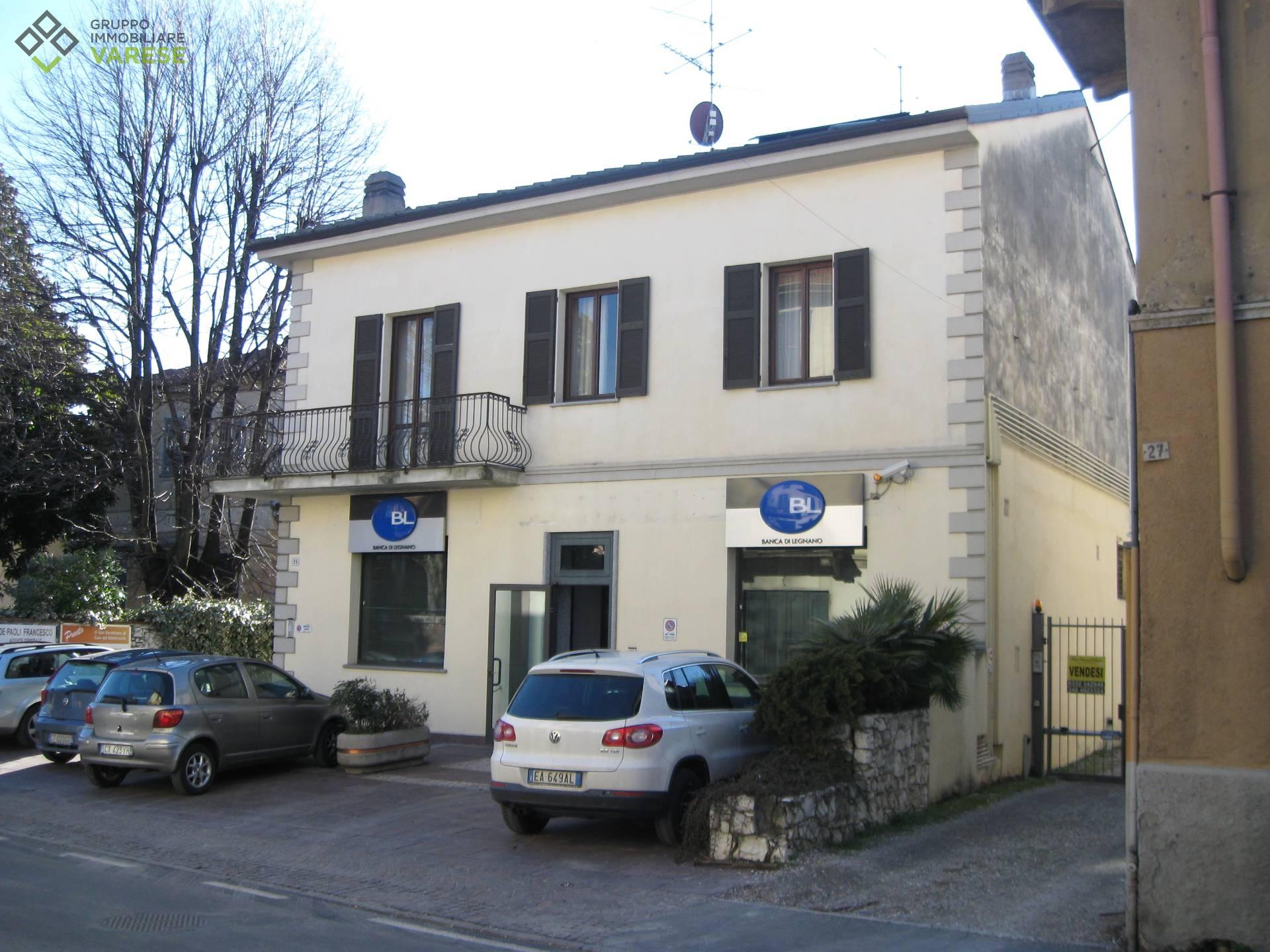 Attico / Mansarda in affitto a Gavirate, 4 locali, prezzo € 600 | CambioCasa.it