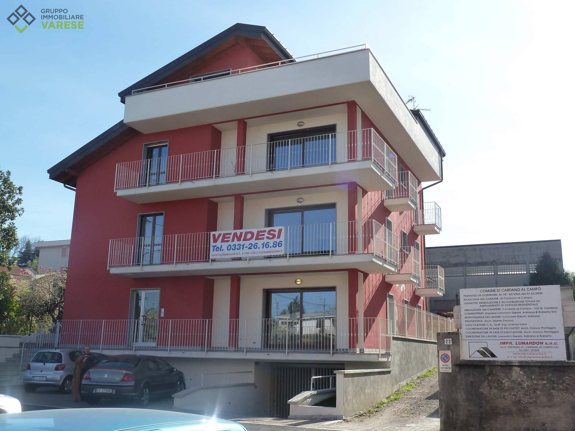 Attico / Mansarda in vendita a Cardano al Campo, 4 locali, prezzo € 495.000 | CambioCasa.it