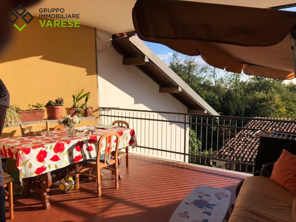 Appartamento in vendita a Caronno Varesino, 3 locali, zona Zona: Travaino, prezzo € 120.000 | CambioCasa.it