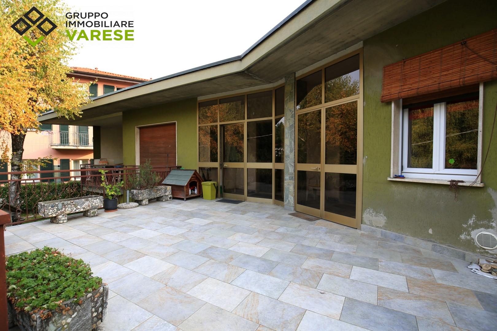 Appartamento in vendita a Morazzone, 4 locali, prezzo € 110.000 | CambioCasa.it