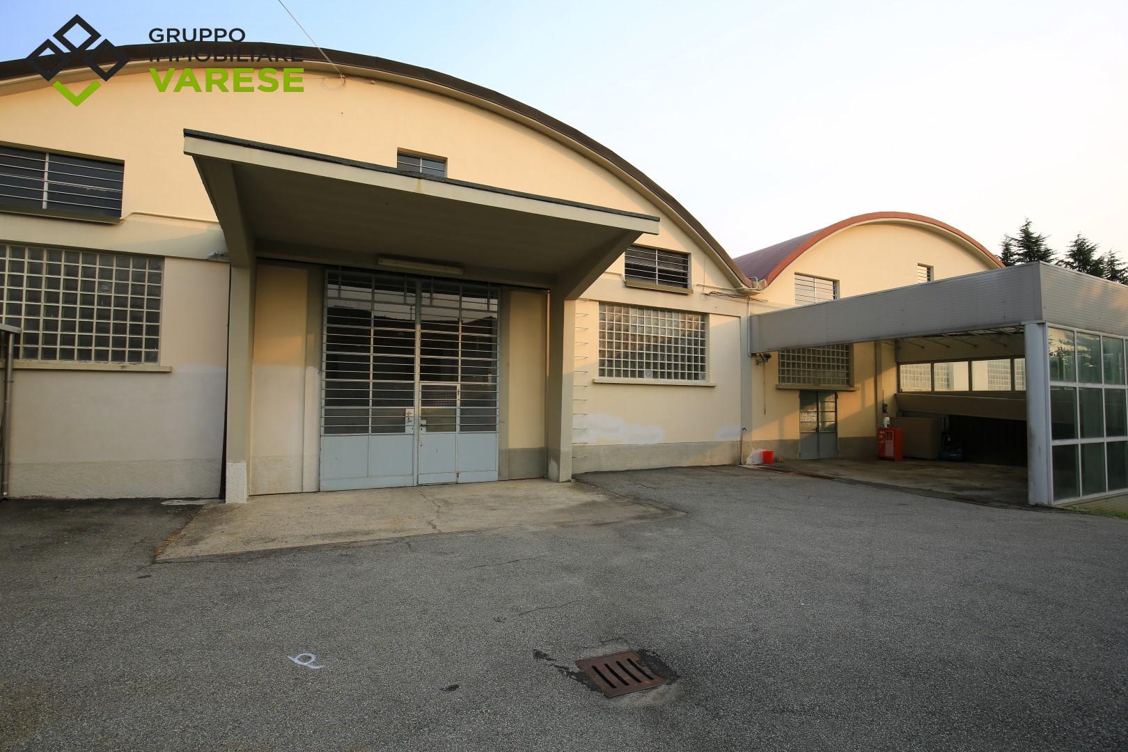 Negozio / Locale in vendita a Carnago, 9999 locali, prezzo € 690.000 | CambioCasa.it