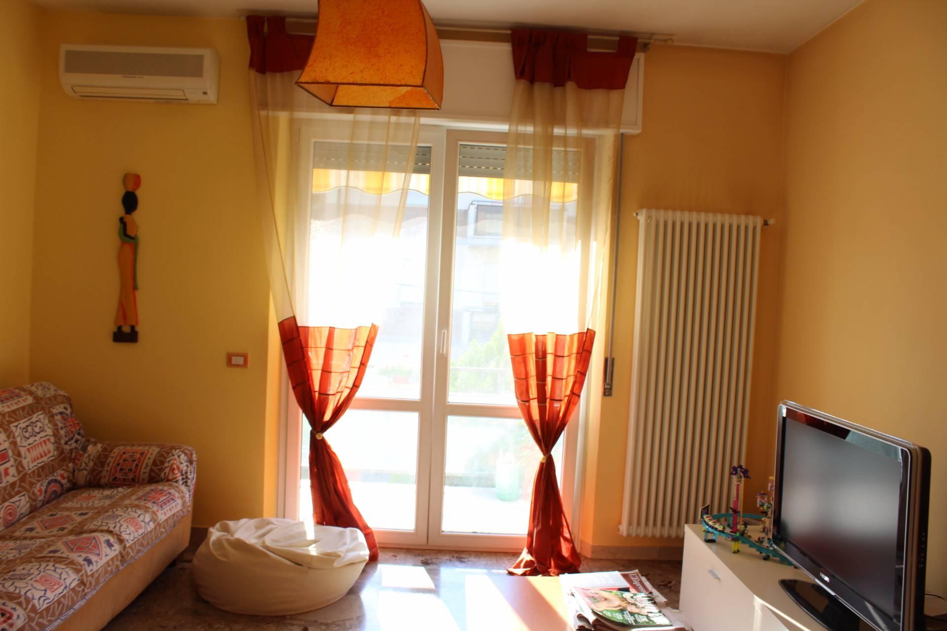 Appartamento in vendita a Cesena, 4 locali, zona Località: CENTROSTORICO, prezzo € 208.000 | CambioCasa.it