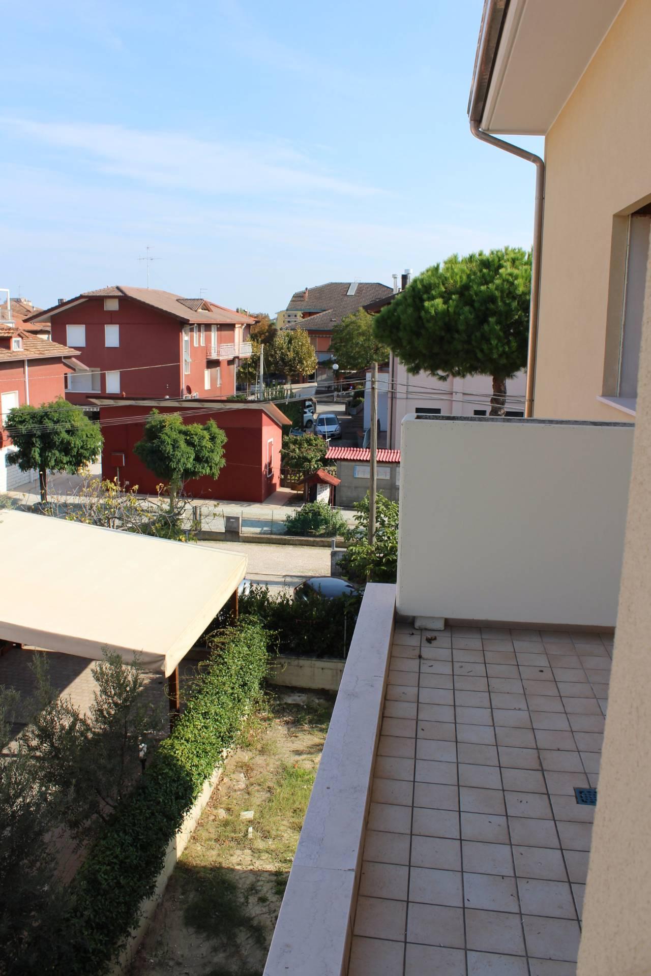Appartamento in vendita a Cesenatico, 3 locali, zona Zona: Villamarina, prezzo € 225.000 | CambioCasa.it