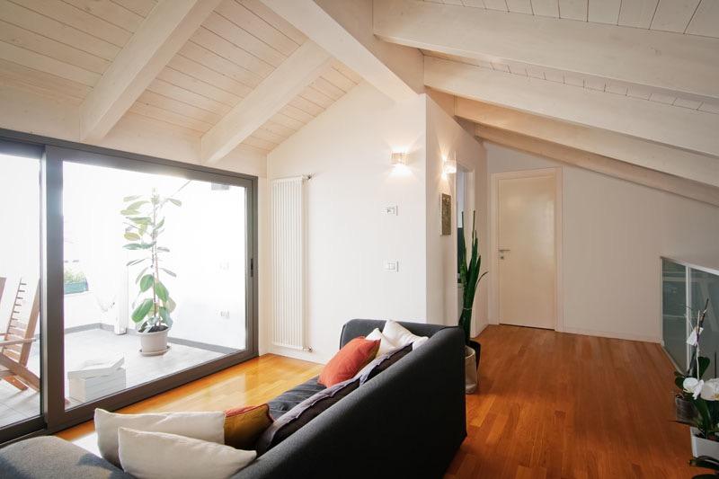 Villa in vendita a Cesena, 5 locali, zona Località: CASEFINALI, prezzo € 420.000 | CambioCasa.it