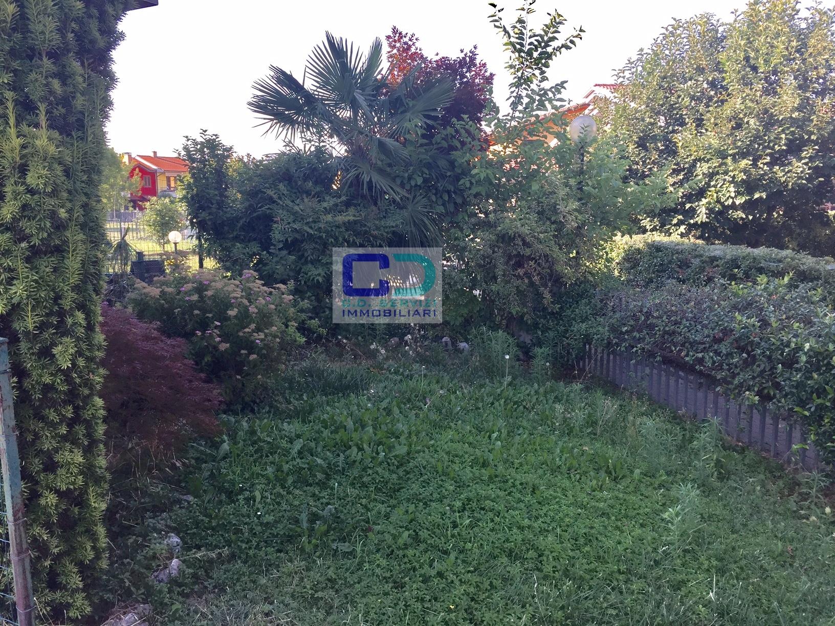 Appartamento in vendita a Ciserano, 4 locali, prezzo € 160.000   CambioCasa.it
