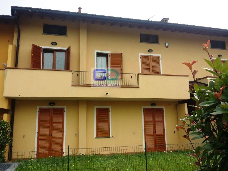 Appartamento in vendita a Ciserano, 4 locali, prezzo € 150.000   CambioCasa.it