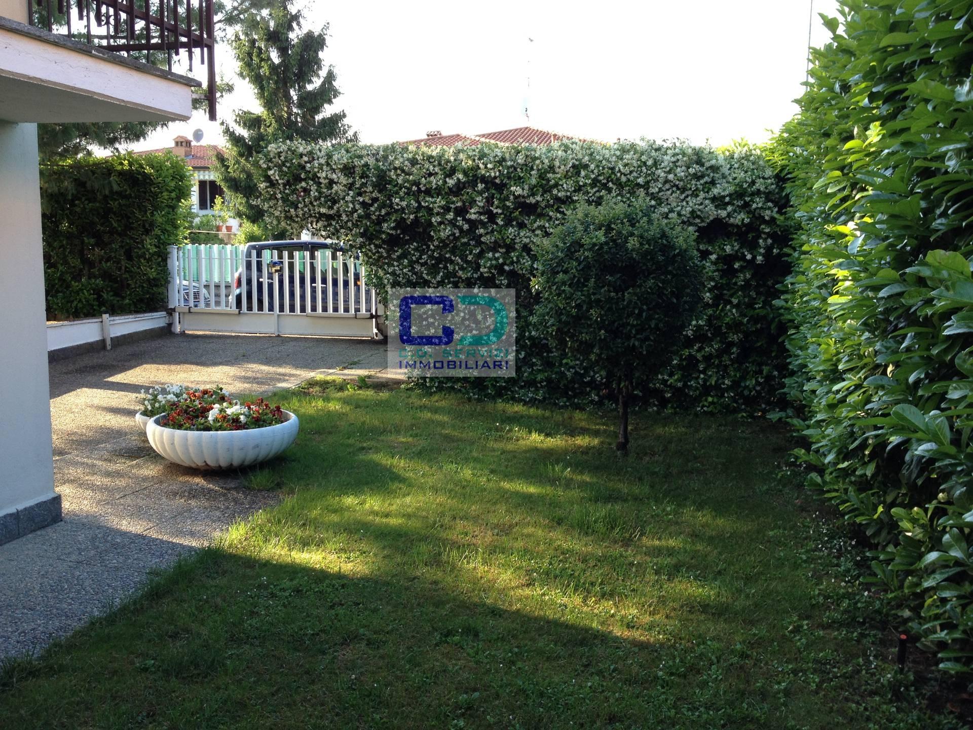 Villa in vendita a Arzago d'Adda, 3 locali, prezzo € 390.000 | CambioCasa.it