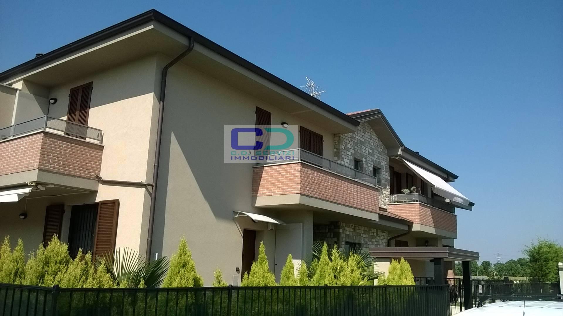 Appartamento in affitto a Cassano d'Adda, 2 locali, zona Località: CascineSanPietro, prezzo € 550 | CambioCasa.it