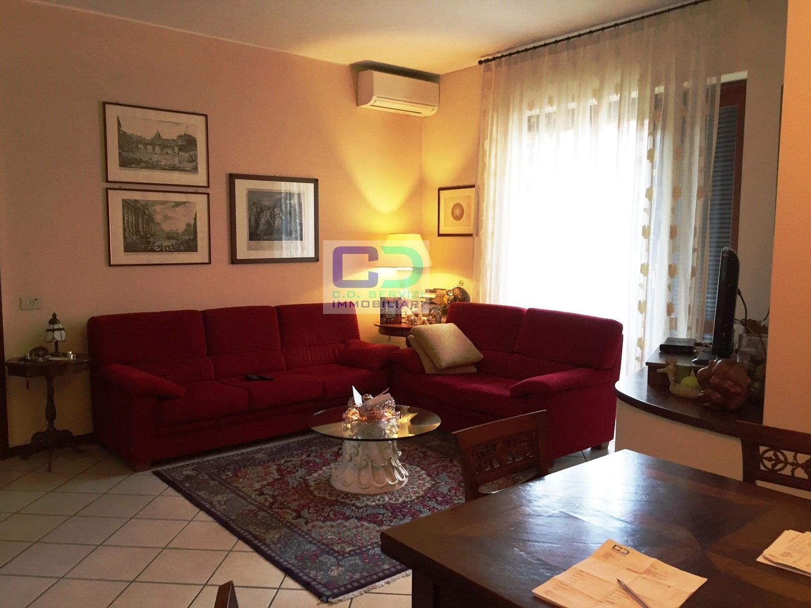 Appartamento in vendita a Bellinzago Lombardo, 5 locali, prezzo € 380.000   CambioCasa.it