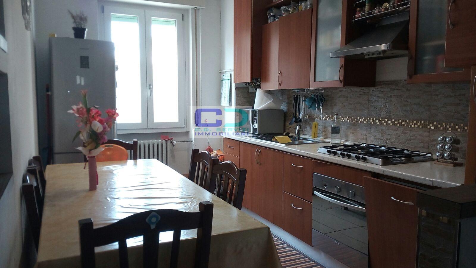 Appartamento in vendita a Rivolta d'Adda, 2 locali, prezzo € 75.000   CambioCasa.it