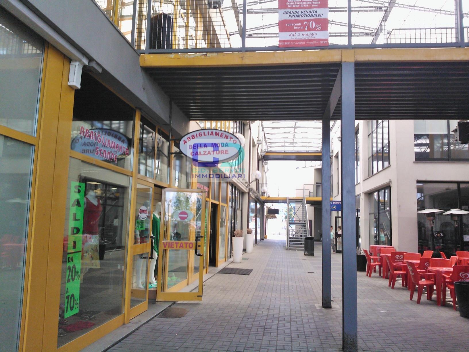 Negozio / Locale in Vendita a Cassano d'Adda