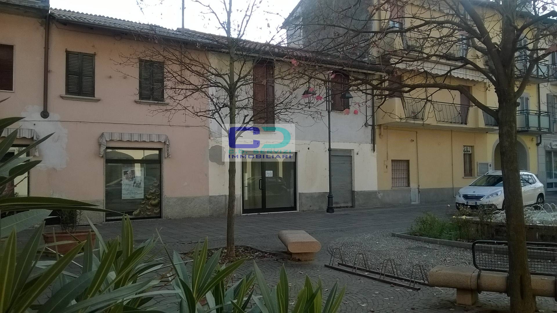 Negozio / Locale in affitto a Cassano d'Adda, 9999 locali, zona Località: GroppellodAdda, prezzo € 390 | CambioCasa.it