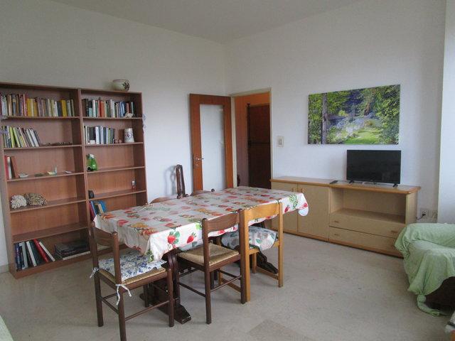 Appartamento in affitto a Giulianova, 5 locali, prezzo € 650 | CambioCasa.it