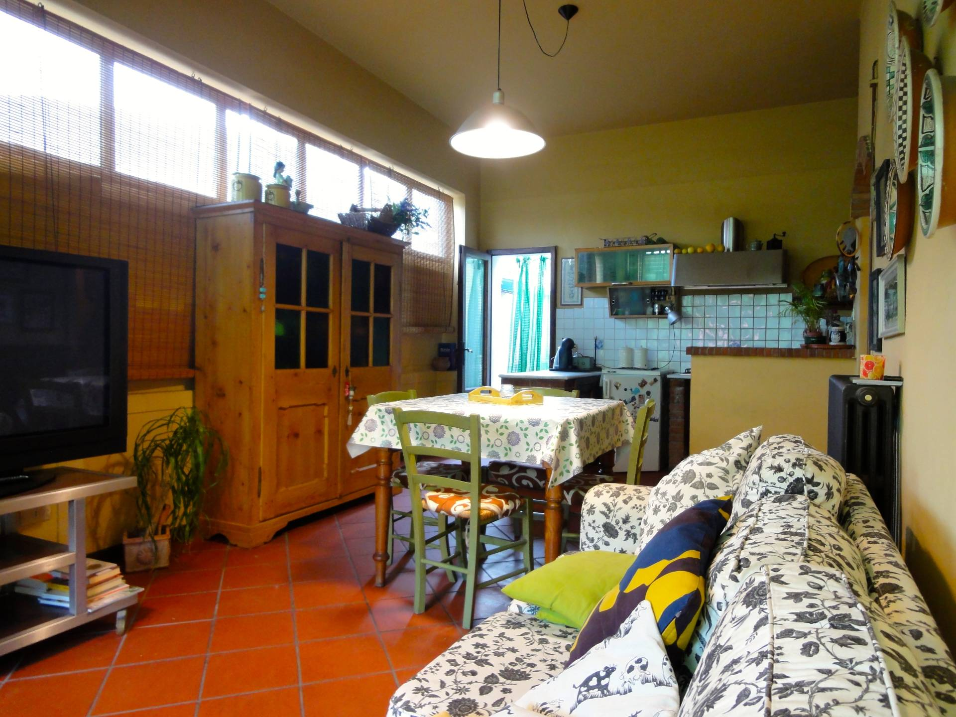 Appartamento in vendita a Buti, 6 locali, prezzo € 79.000   CambioCasa.it