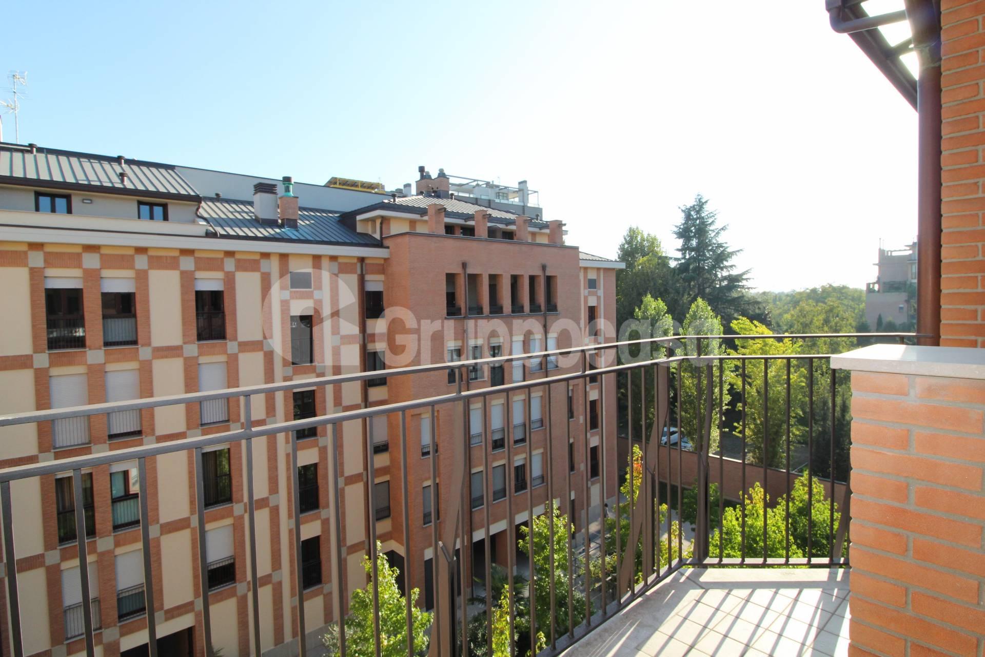 Appartamento in Vendita a Milano 30 Niguarda / Bovisasca / Testi / Bruzzano / Affori / Comasina:  5 locali, 200 mq  - Foto 1