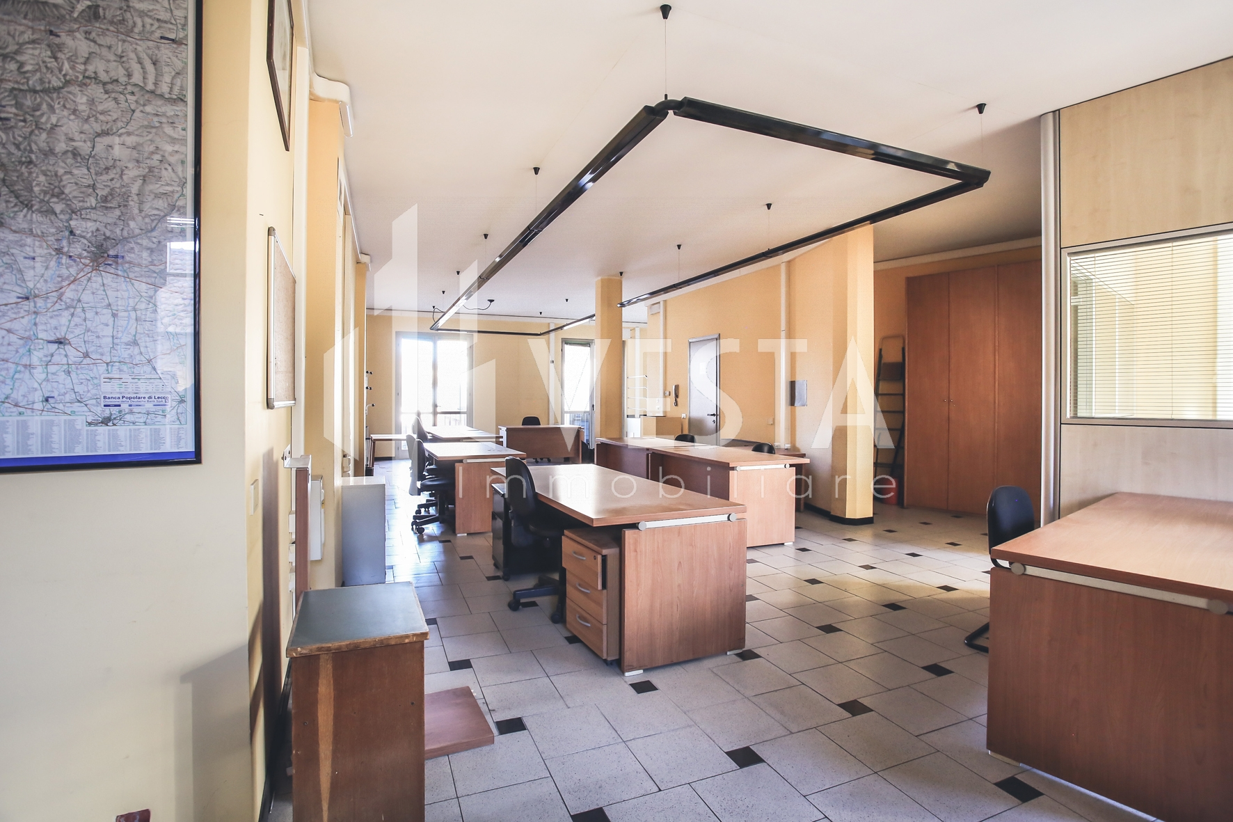 Ufficio / Studio in affitto a Merate, 9999 locali, zona Località: CENTRO, prezzo € 800 | CambioCasa.it