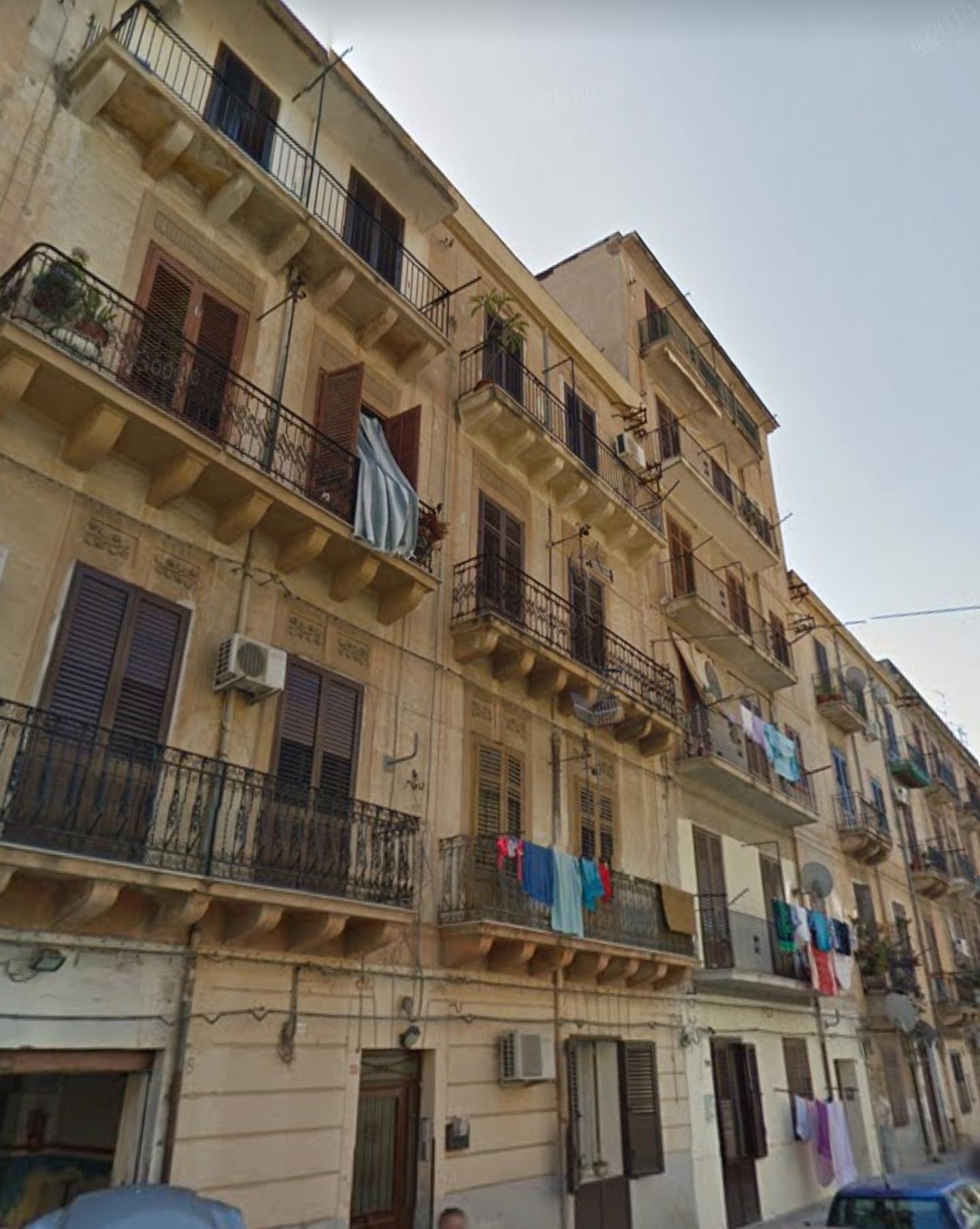 Appartamento in vendita a Palermo, 5 locali, zona Zona: Oreto, prezzo € 69.000 | CambioCasa.it