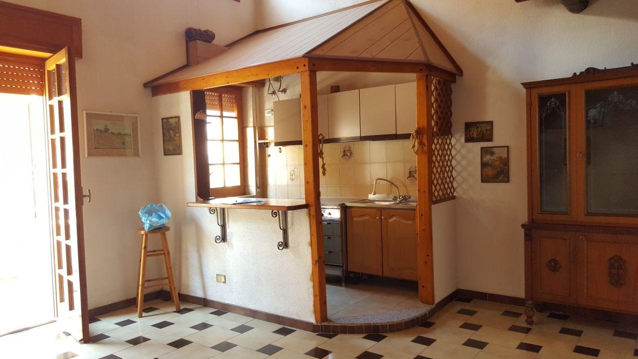 Appartamento in vendita a Belmonte Mezzagno, 4 locali, prezzo € 75.000 | CambioCasa.it
