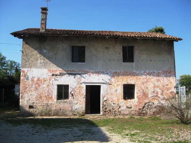 Rustico / Casale in vendita a San Giovanni al Natisone, 5 locali, prezzo € 45.000   CambioCasa.it