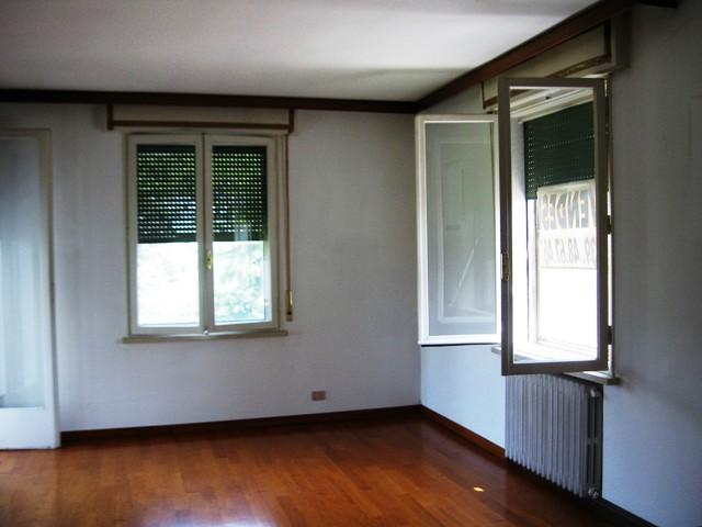 Appartamento in vendita a Torviscosa, 4 locali, prezzo € 69.000 | CambioCasa.it