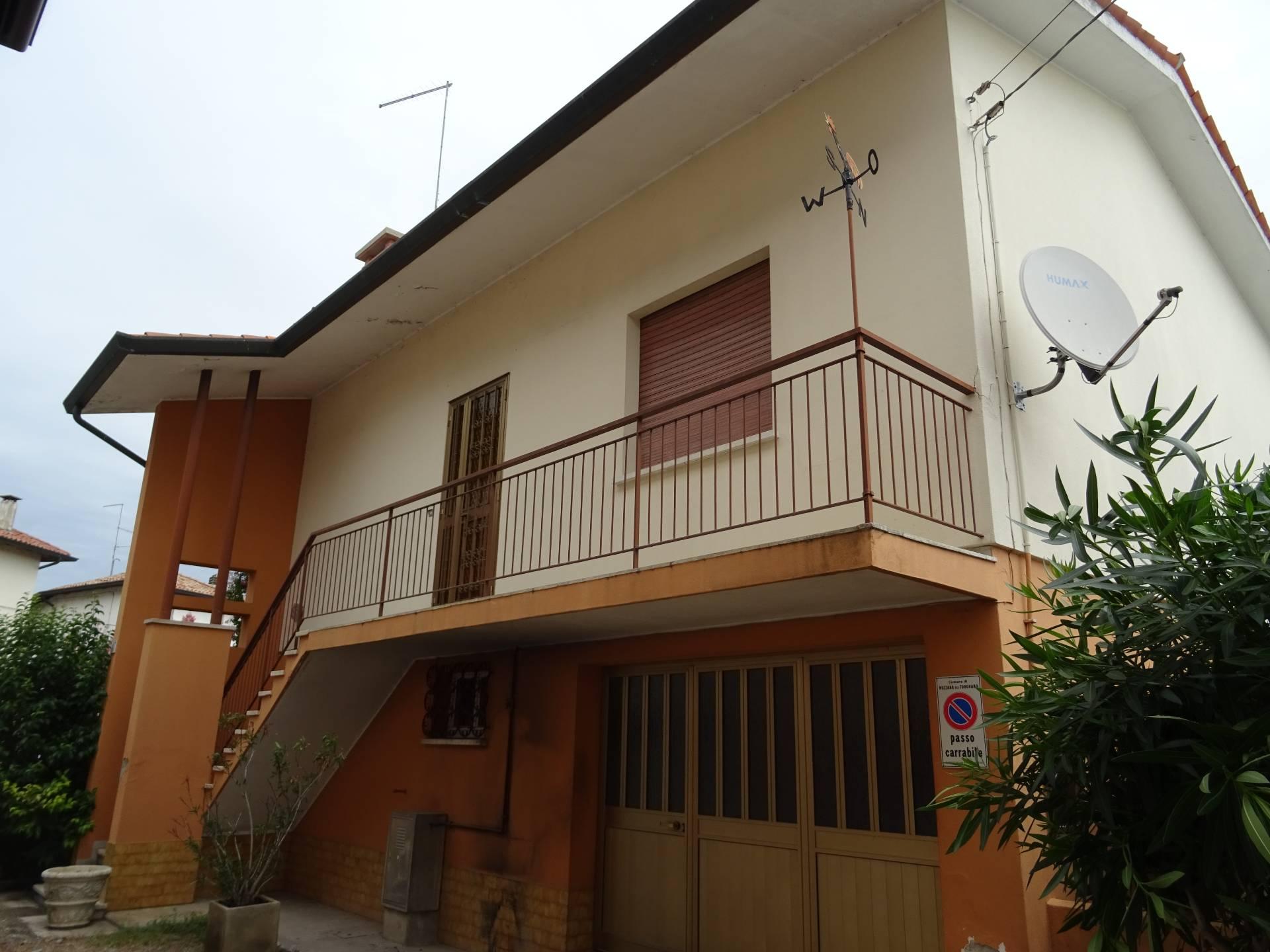 Soluzione Indipendente in vendita a Muzzana del Turgnano, 5 locali, prezzo € 60.345 | CambioCasa.it