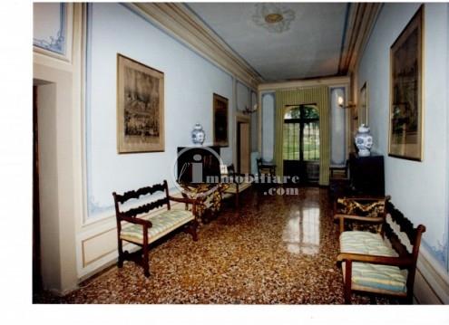 Villa in Vendita a Montebelluna: 5 locali, 1000 mq - Foto 8