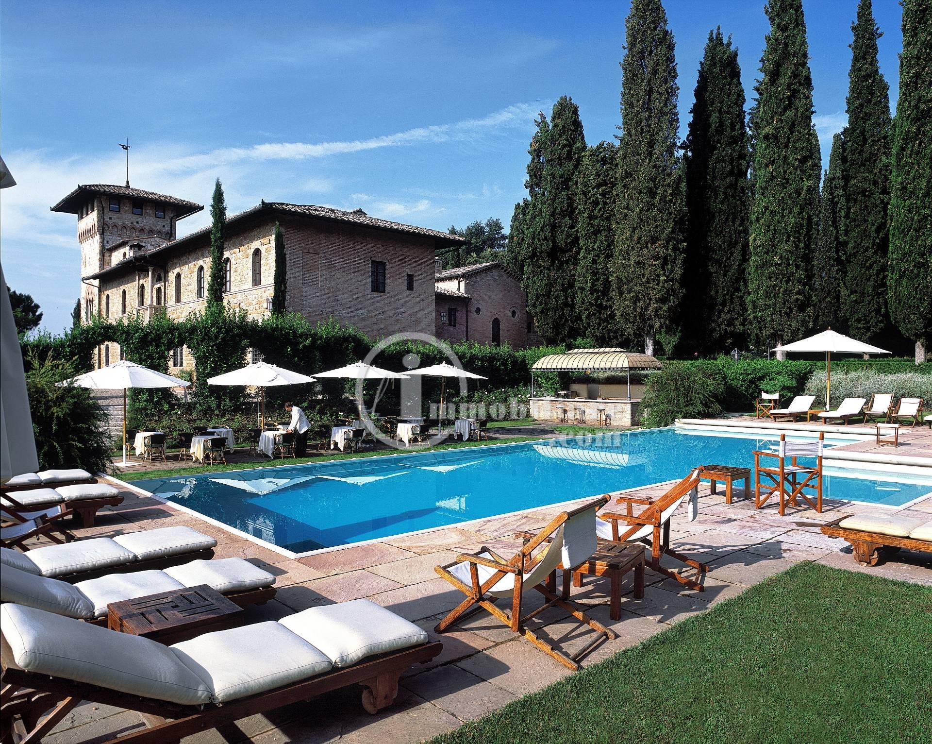 Albergo in Vendita a San Gimignano: 5 locali, 2400 mq